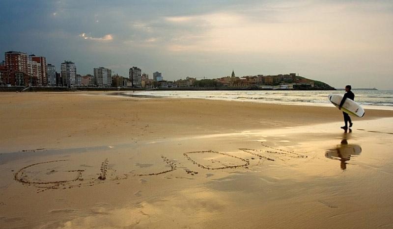 The golden sands of Gijon's Playa de San Lorenzo