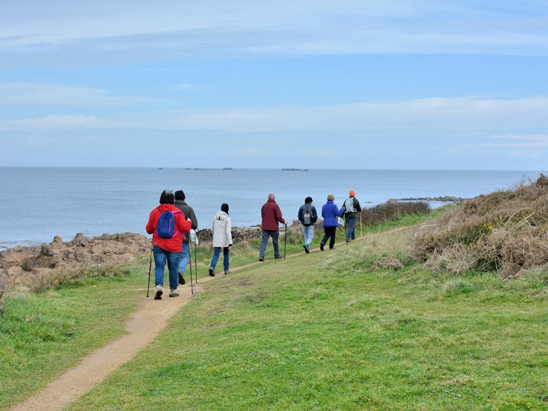 Guided walks on coastal, country and riverside paths