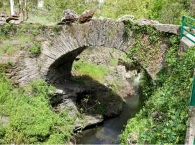 Puente Romano de Entoma