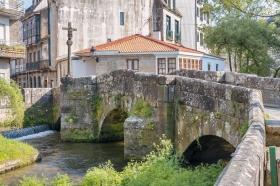 Caldas de Rei is known for Thermal Springs
