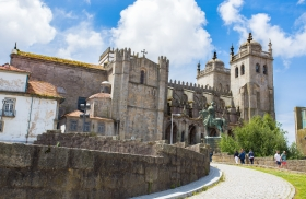 Porto's Se cathedral